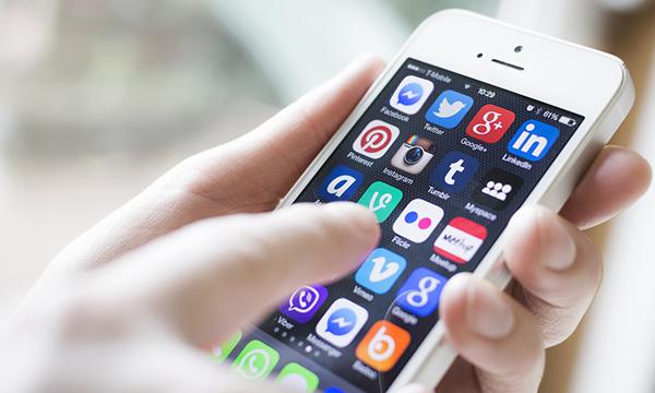 social_media_phone-1.png